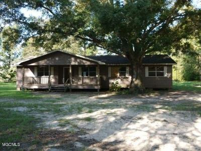Saucier Single Family Home For Sale: 28033 Kendricks Ln