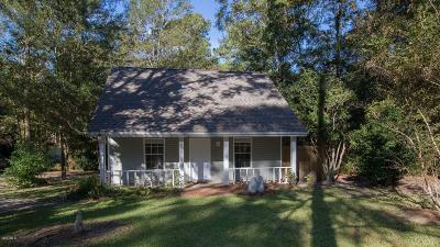 Diamondhead Single Family Home For Sale: 108114 Koloa St
