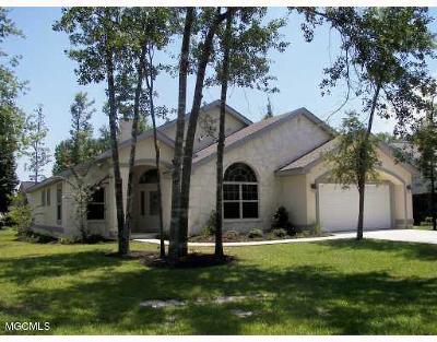 Diamondhead Single Family Home For Sale: 6916 Aulena Ct