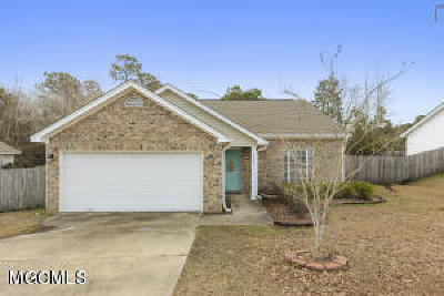 Ocean Springs Single Family Home For Sale: 5804 Chicopee Trce