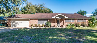 Biloxi MS Single Family Home For Sale: $185,000