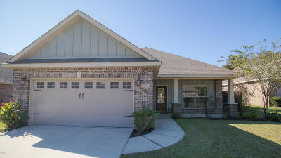 Biloxi Single Family Home For Sale: 779 Bay Breeze Dr