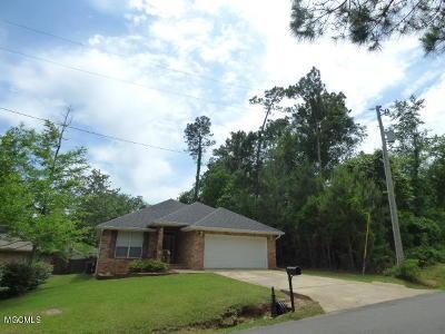 Diamondhead Single Family Home For Sale: 99118 Koloa St
