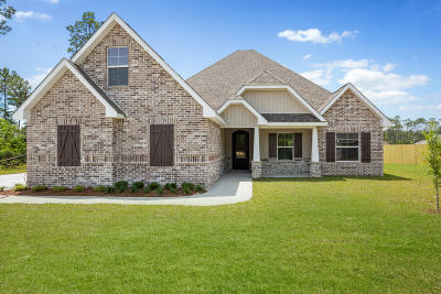 Ocean Springs Single Family Home For Sale: 5807 Sylvester St