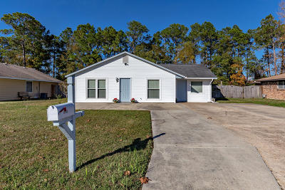 Biloxi MS Single Family Home For Sale: $117,000