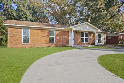 Biloxi MS Single Family Home For Sale: $124,900