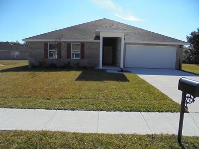 Long Beach Single Family Home For Sale: 223 Lantana Blvd