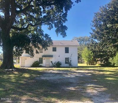 Biloxi MS Multi Family Home For Sale: $165,000