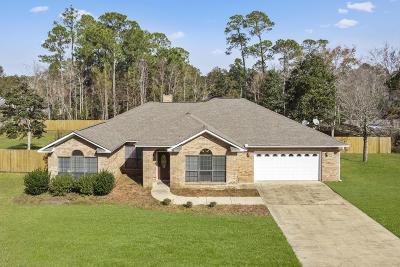 Ocean Springs Single Family Home For Sale: 1332 Main St