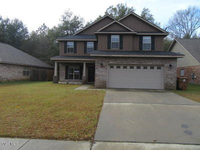 Gulfport Single Family Home For Sale: 10568 Roundhill Dr