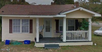 Gulfport Single Family Home For Sale: 4306 Ford St
