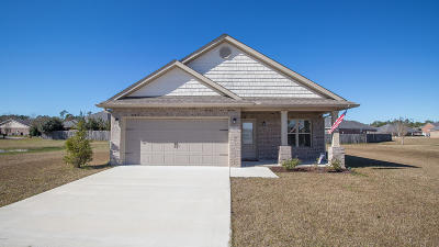 Gulfport Single Family Home For Sale: 13417 Waters Edge Way