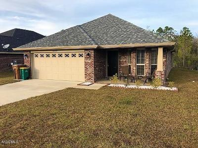 Gulfport Single Family Home For Sale: 18178 Cardinal Ln