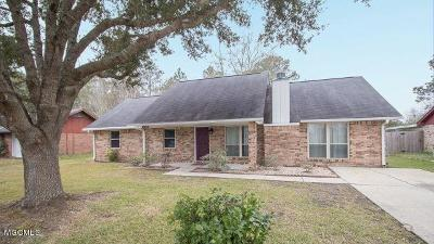 Ocean Springs Single Family Home For Sale: 6617 Amherst Dr