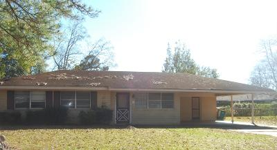 Biloxi MS Single Family Home For Sale: $137,500
