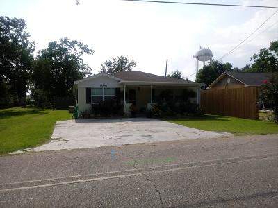 D'iberville MS Single Family Home For Sale: $90,000