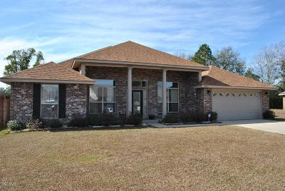 Gulfport Single Family Home For Sale: 13821 Windwood Ct