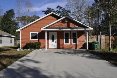 Ocean Springs Single Family Home For Sale: 2616 N 11th St