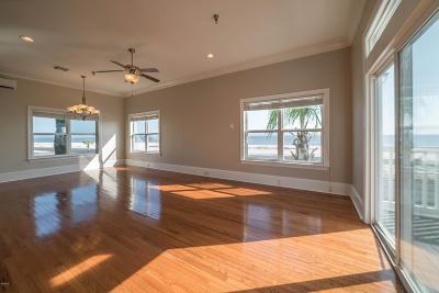 Long Beach Condo/Townhouse For Sale: 700 W Beach Blvd #700