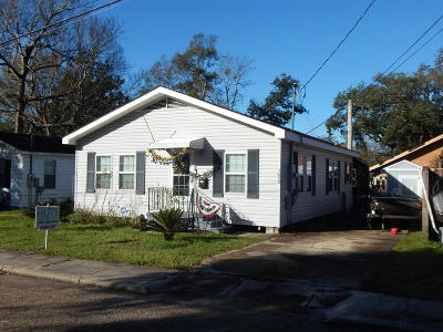 Biloxi MS Single Family Home For Sale: $125,000