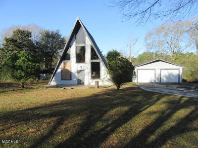 Gulfport Single Family Home For Sale: 12407 Fox Forrest Dr