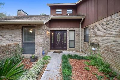 Diamondhead Single Family Home For Sale: 552 Kaiki Dr