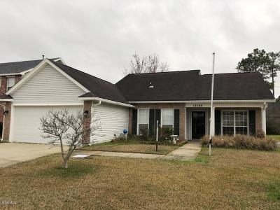 Gulfport Single Family Home For Sale: 18086 Lake Vista Dr