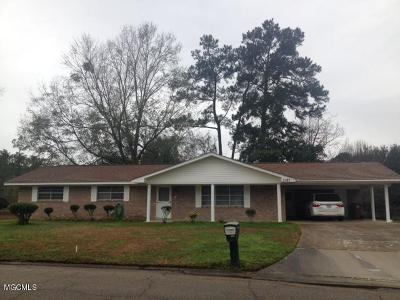 Biloxi Single Family Home For Sale: 2187 Rustwood Dr