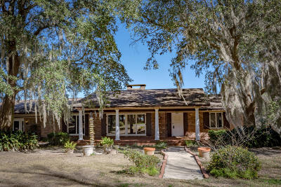 Ocean Springs Single Family Home For Sale: 12000 Pointe Aux Chenes Rd