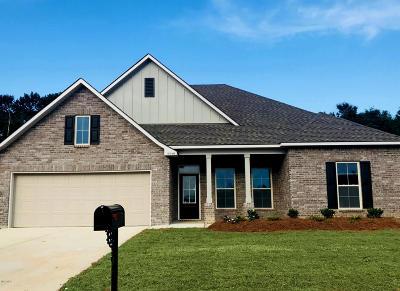 Gulfport Single Family Home For Sale: 15146 Belhaven St