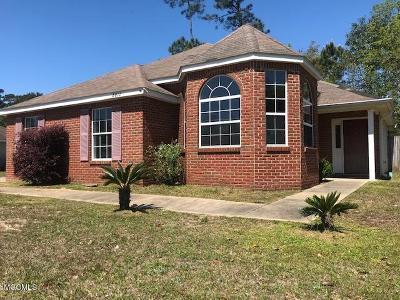 Ocean Springs Single Family Home For Sale: 8812 Marguerite Dr