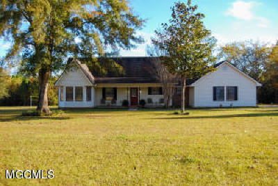 Ocean Springs Single Family Home For Sale: 13921 Jim Ramsay Rd.