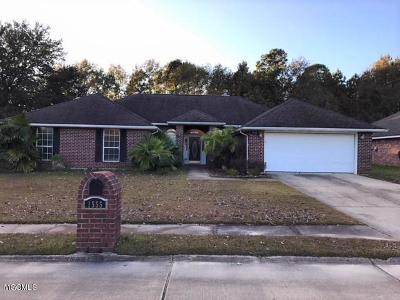 Biloxi MS Single Family Home For Sale: $239,000