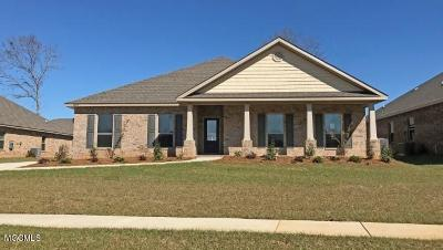 Ocean Springs Single Family Home For Sale: 6417 Chickory Way