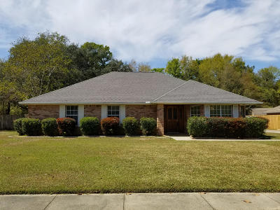 Biloxi Single Family Home For Sale: 425 Saylor Dr