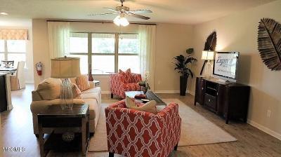 Long Beach Single Family Home For Sale: 628 Verbena Dr
