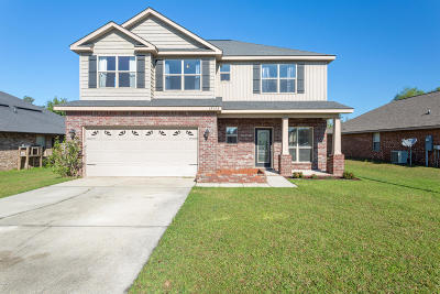 Gulfport Single Family Home For Sale: 18143 Canal Junction Dr