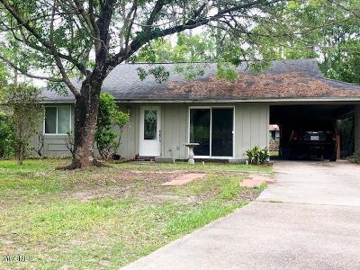 Diamondhead Single Family Home For Sale: 6 Rabbit Run