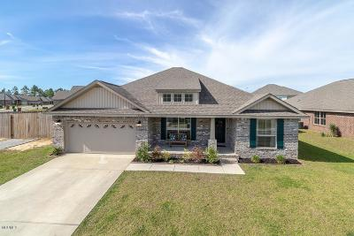 Gulfport Single Family Home For Sale: 18189 Cardinal Ln