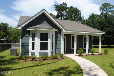 Ocean Springs Single Family Home For Sale: 24 Sweetgrass Ln