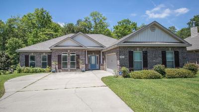 Long Beach Single Family Home For Sale: 522 Dynsmore Pl