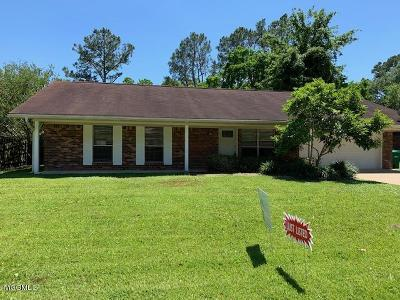 Ocean Springs Single Family Home For Sale: 12417 Cambridge Blvd