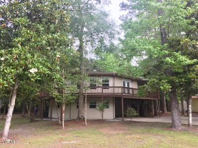 Diamondhead Single Family Home For Sale: 8342 Makiki Dr