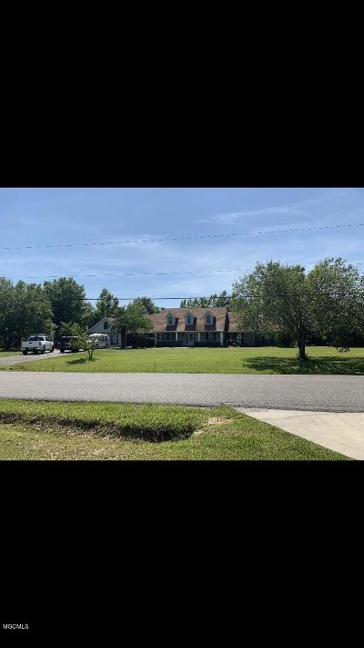 Gulfport Single Family Home For Sale: 14247 N Swan Rd