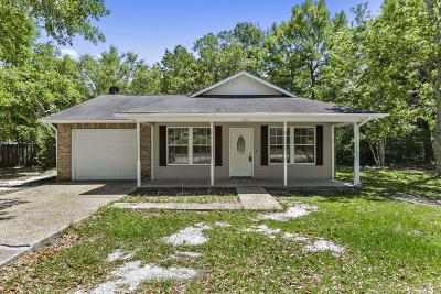 Ocean Springs Single Family Home For Sale: 5117 Beach St