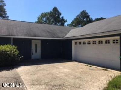 Ocean Springs Single Family Home For Sale: 109 Braeburn Dr