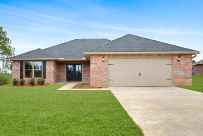 Gulfport Single Family Home For Sale: 21934 Pinewood Cv