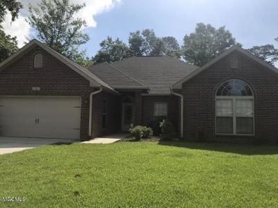 Ocean Springs Single Family Home For Sale: 136 Brackish Pl