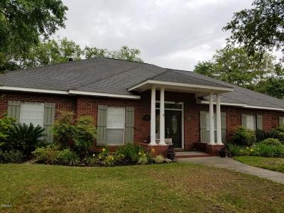 Ocean Springs Single Family Home For Sale: 3712 Bergerac Ln