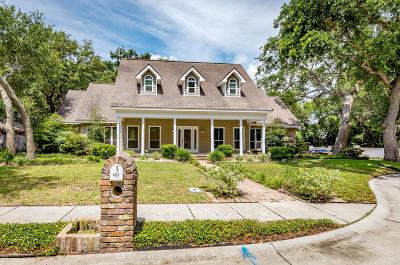 Biloxi Single Family Home For Sale: 453 Saylor Dr